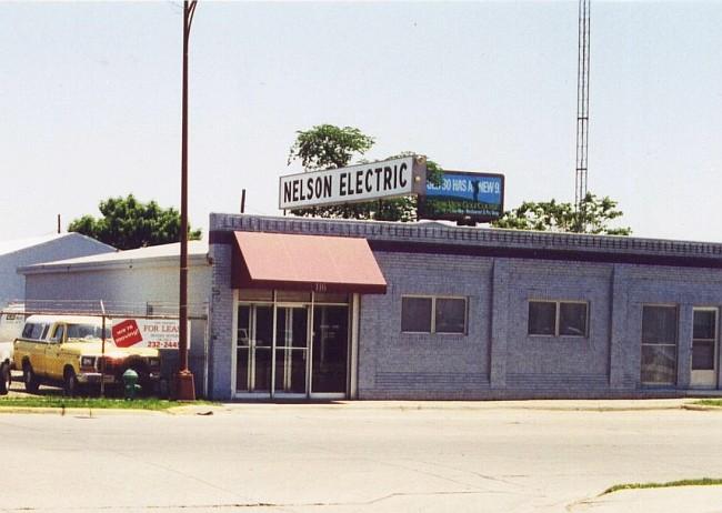 Nelson electric ames historical society for Lincoln motor inn van wyck