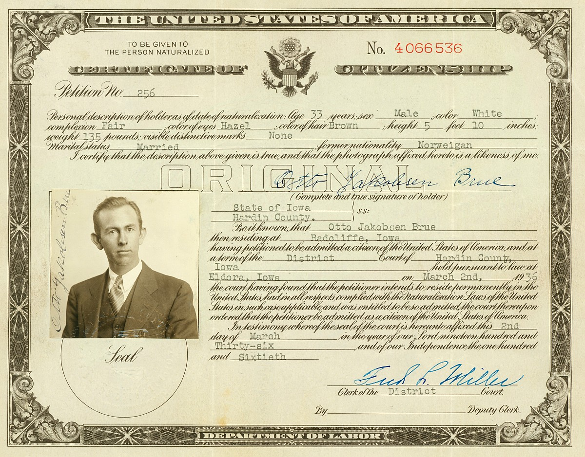 Otto brue ames historical society ottos 1936 certificate of us citizenship xflitez Image collections