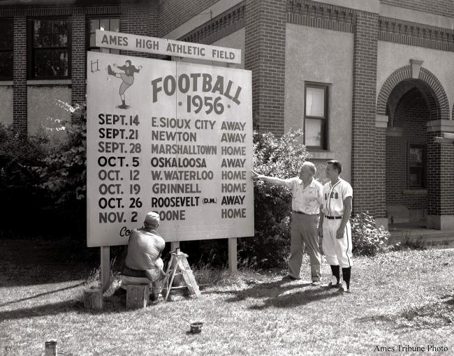 1956.06_fieldhouse_football_sign_kenneth_wells_c.jpg